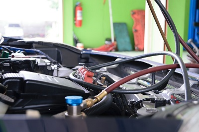 Visit an Auto Service Center Every Two Years to Top Up Your Freon